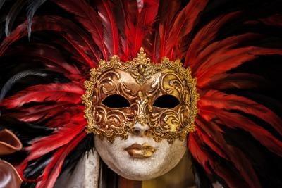 Venetian mask [Public Domain, CC0]