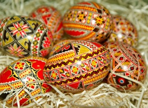 Romanian Easter eggs [Public Domain, CC0]