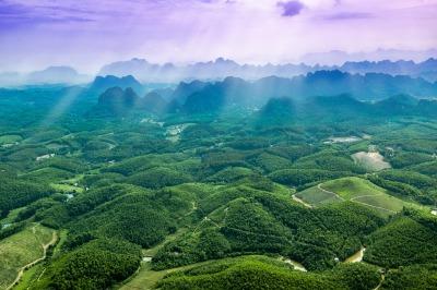 Trang An, Bai Dinh, Ninh Binh Province. Photo by phongnguyenhuy on Pixabay. [Public Domain, CC0]