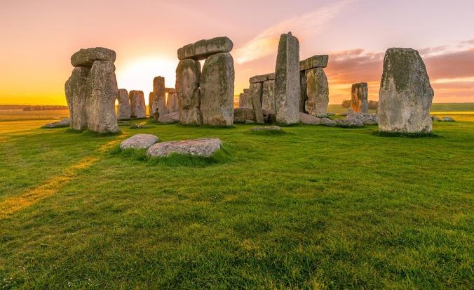 sunrise-stonehenge.jpg